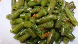 Fasole verde cu usturoi