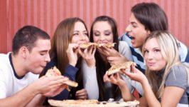 Alimentatia adolescentilor