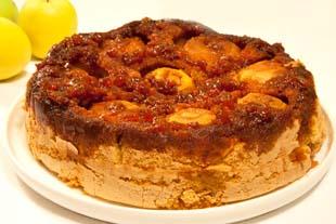 Tort cu mere si dulceata